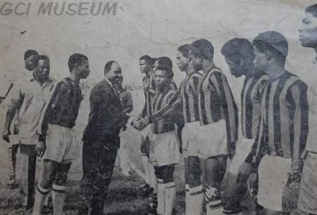 Football team of Government College Ibadan being introduced to the Western State Governor, Brigadier Oluwole Rotimi.